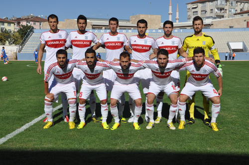 cankirispor-sariyerkadrosu-2013-sozcu-resim-09.jpg