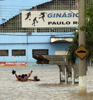 Brezilyada sel suları 270 can aldı galerisi resim 5