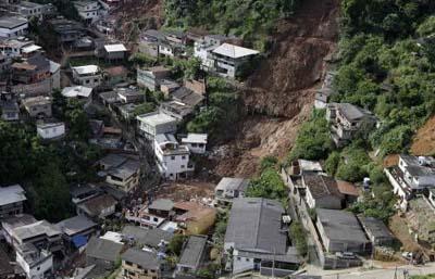 Brezilyada sel suları 270 can aldı galerisi resim 7