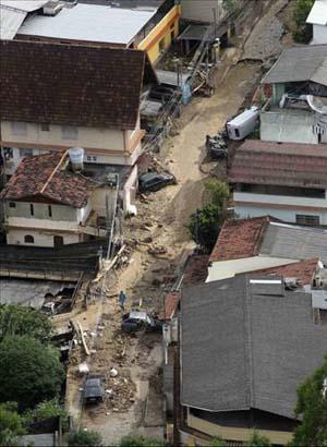 Brezilyada sel suları 270 can aldı galerisi resim 8