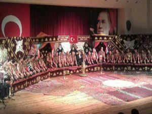 İzmir'e 'Yaren' çıkartması