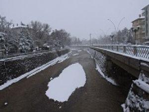 Yeni yılda yağan ilk kar sonrası Çankırı...