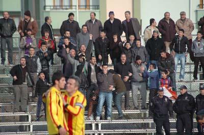 Ilgazspor Yapraklı Belediyespor engelini 2-1le geçti galerisi resim 7