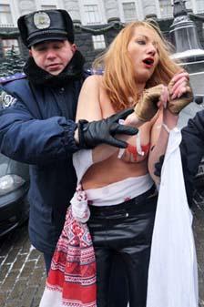Ukraynada FEMEN Protestoları galerisi resim 12