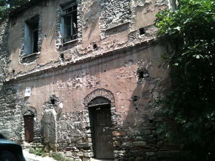Vakıf, kuruluşunun 25. yılında tarihi binada hizmet verecek galerisi resim 5