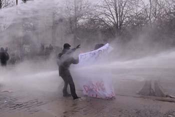 Ankarada öğrencilere polis müdahalesi galerisi resim 2