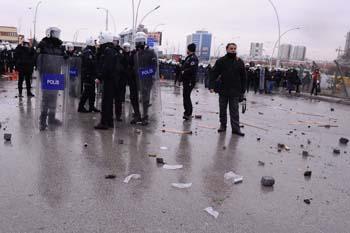 Ankarada öğrencilere polis müdahalesi galerisi resim 7