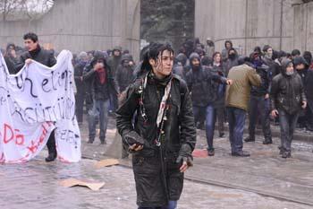 Ankarada öğrencilere polis müdahalesi galerisi resim 8