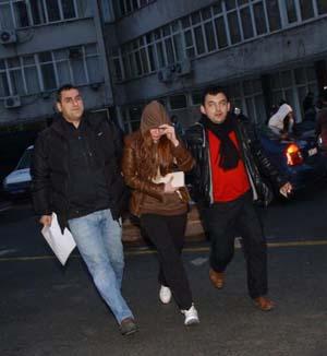 İstanbulda ünlü isimlere fuhuş baskını! galerisi resim 10