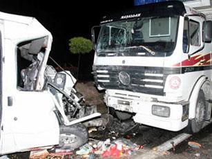 Nevşehirde feci kaza: 3 ölü