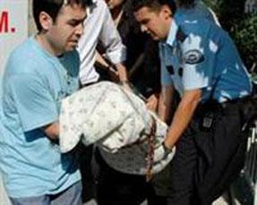 Ankarada emekli albay ailesini katletti