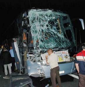 Boluda trafik kazası: 12 yaralı