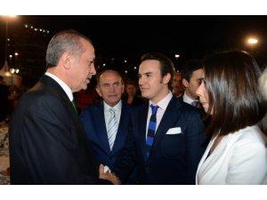 Mustafa Ceceli'den 'iftar daveti' ile ilgili açıklama!