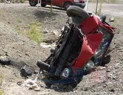 Devrilen araçta 1 ölü, 3 yaralı