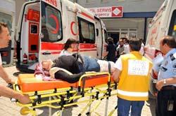 Tosyada minibüs tarlaya girdi: 12 yaralı