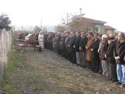Muhtar Sivri, köyünde defnedildi