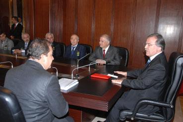 Meclis Başkanı Şahin, Çelikten ve oda üyelerini makamında kabul etti