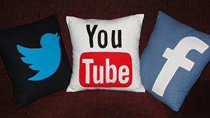 Facebook, Twitter ve YouTube'a erişim iptal