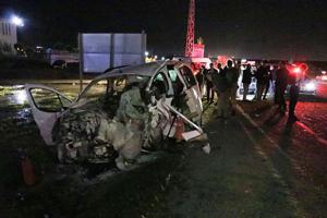 Batman'da otomobil ile kamyonet çarpıştı: 4 ölü, 11 yaralı