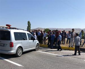 Ankara - Çankırı karayolunda 'tavuk çiftliği' eylemi