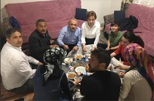 Başkan Esen ilk iftarı Kızılırmak'ta şehit ailesinin evinde yaptı