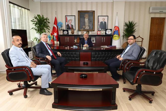 Simitçi Vekil'in Başkan Esen'i ziyareti sosyal medyada olay oldu!