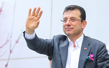 İstanbul'un Büyükşehir Belediye Başkanı Ekrem İmamoğlu