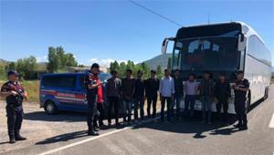 Çankırı'da 17 düzensiz göçmen yakalandı