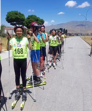 Ilgaz'da yeni trend 'tekerlekli kayak'
