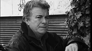 Tiyatro ve sinema sanatçısı Yalçın Gülhan hayatını kaybetti