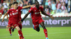 Demir Grup Sivasspor: 3 - Beşiktaş: 0