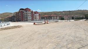 Çankırı'da yapılan yeni köprünün bağlantı yolları dolgu çalışması tamamlandı
