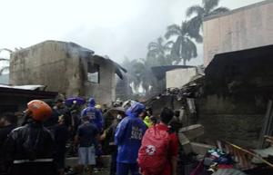 Filipinler'de uçak düştü: 8 ölü