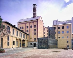 Tarihi bira fabrikasının binaları Diyanet'e devredildi