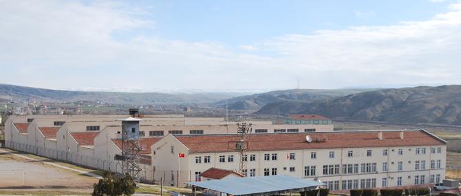 Çankırı E Tipi Kapalı Cezaevi baş memurları hakkında müthiş iddia!