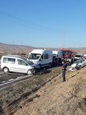 Çankırı/Çerkeş'de trafik kazası: 3 Ölü