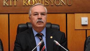 Yeni Akit: Muhabirimize kumar masasında yakalanan AK Parti milletvekili Hakkı Köylü'den çirkin saldırı!