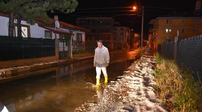 Şiddetli dolu ve yağış, Çerkeş ilçesini fena vurdu!