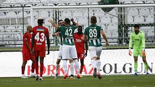 Konyaspor: 4 - Beşiktaş: 1