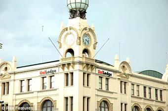 Saat kulesinde aşk!