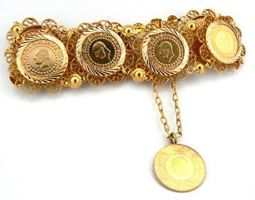 Çeyrek altın 100 liraya koşuyor!