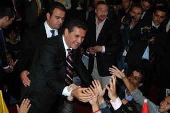 Sarıgül Bursa'da moral buldu