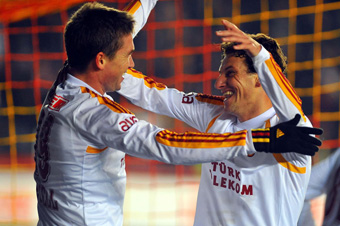 Galatasaray Kewell ile güldü: 1-0