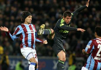 Fenerbahçe Trabzondan lider dönüyor: 1-0