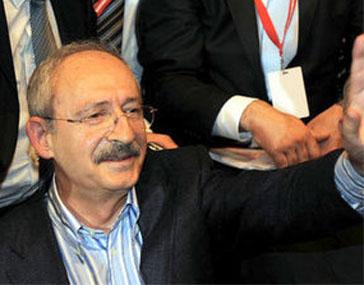 Kılıçdaroğlu 1189 oyla Genel Başkan seçildi