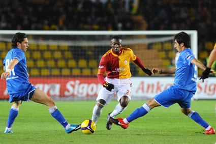 Galatasaray liderliği kaçırdı: 1-1