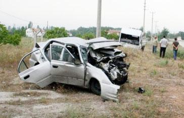 Balıkesirde katliam gibi kaza: 5 ölü