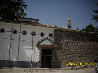 Tarihi Karataş Hamamı restore ediliyor