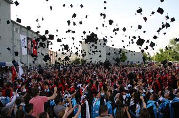 Diplomalar cepte, kepler havada!