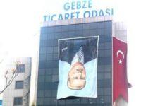 Atatürk posterini ters astılar!
